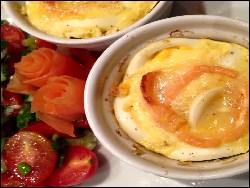 gefüllte eier mit lachstatar